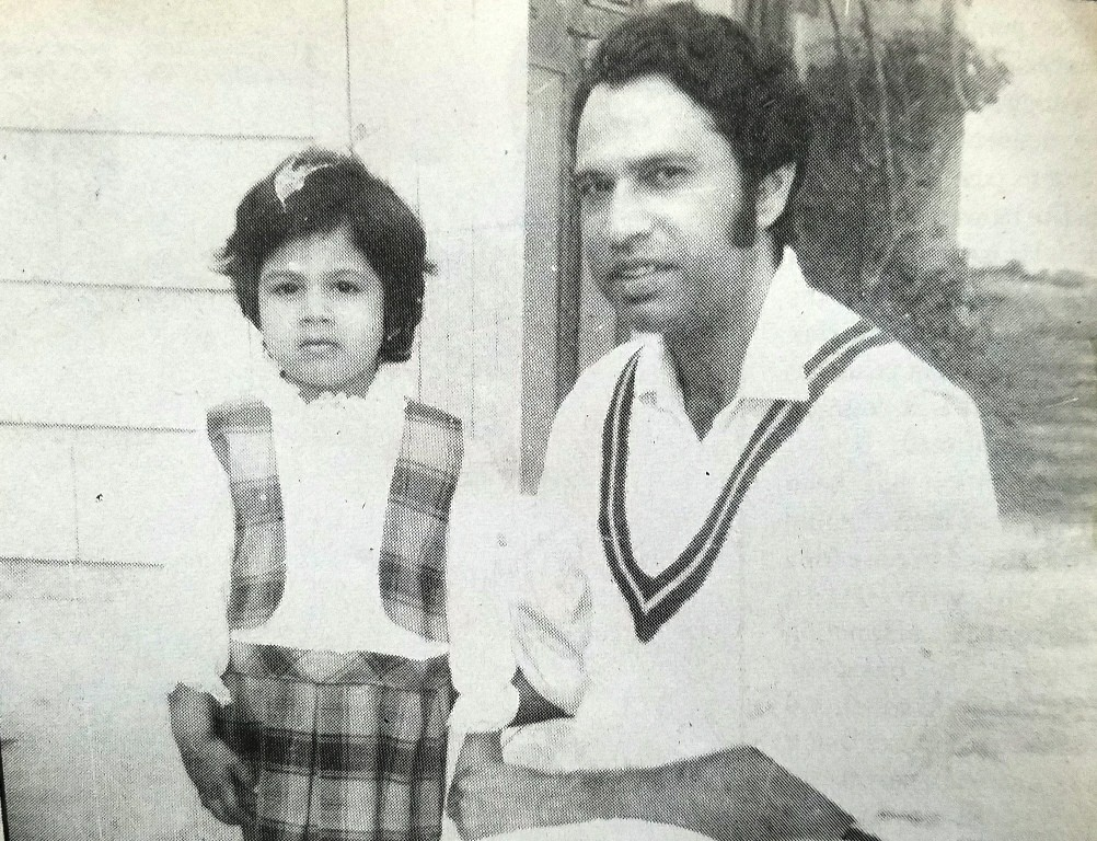 Saeed Ahmad with his little daughter in his happy daysSaeed Ahmad with his little daughter in his happy days