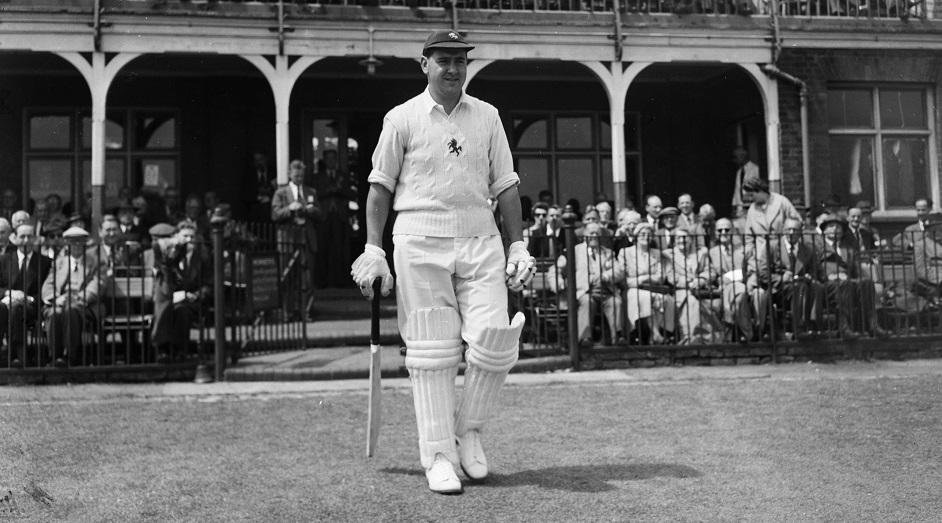 Colin Cowdrey – First Batsman to Play 100 Tests - Cricket Thrills