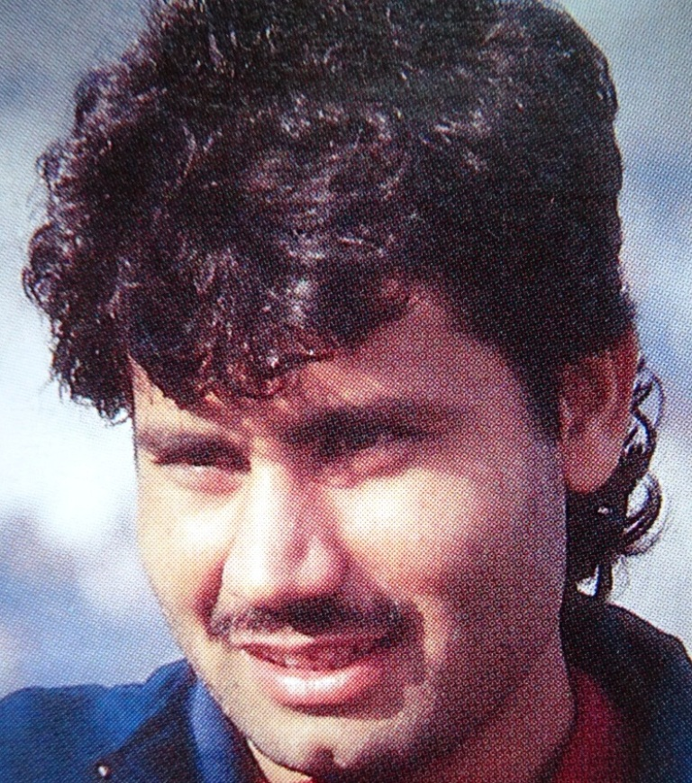 Zahid Fazal was right handed Pakistani batsman, who born on November 10, 1973 at Sialkot. He played 9 Test and 19 ODI's between 1990 to 1995.