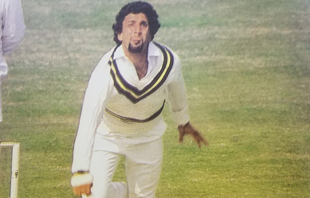 The Leg Spinning magician Abdul Qadir was simply unplayable during the 1987-88 rubber at home. Pakistan clinched the rubber one-nil,