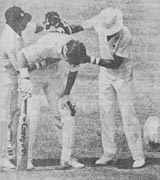 Dean Jones throws up on the pitch during his epic 503-minute double hundred, India v Australia, 2