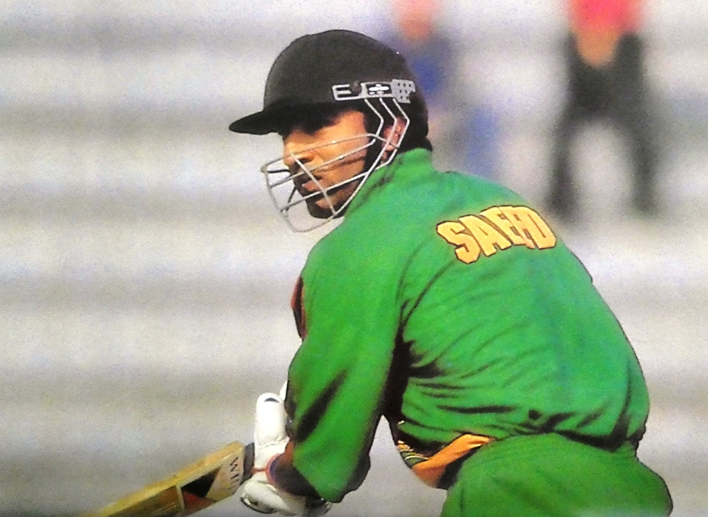 Saeed Anwar imagined that he could play for so long after disasters start to get pair on his debut. I went down in disappointment and will never play again.
