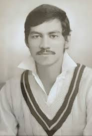 Talat Ali was born in Lahore on May 29, 1950. He was a right-hand opening batsman, occasional right-arm medium bowler, and a useful close-in fielder.