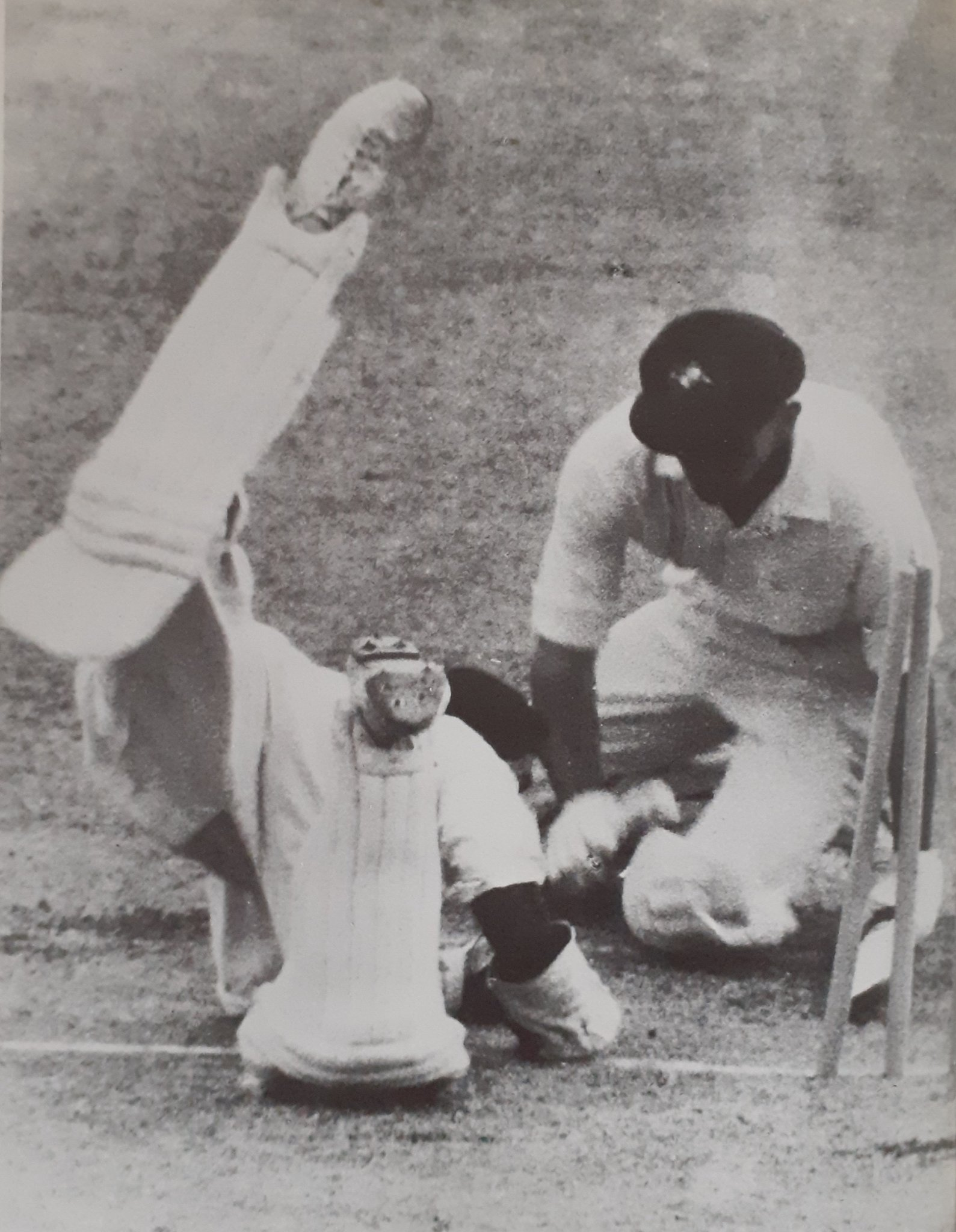 Farukuh Engineer No less combative is Engineer (r) trying to stump Walters Brisbane 1967 where India failed by 39 to reach the 395 set to win