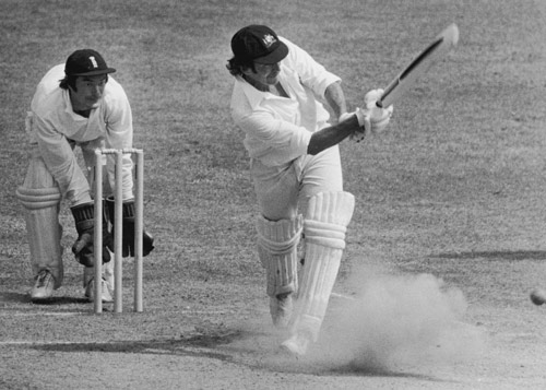Alan Knott watches as Ian Chappell plays it to the leg side, England v Australia, 2nd Test, Lord'