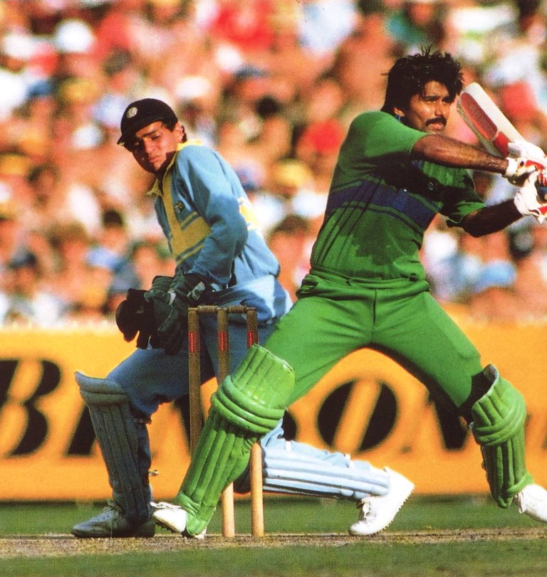 Javed Miandad in Action - India vs Pakistan - World Championship of Cricket Final 1984-85